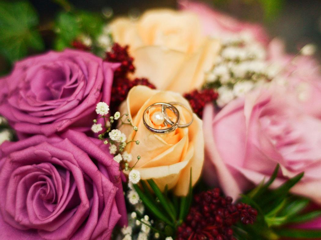 Romantic Date by Astrid Brochiet