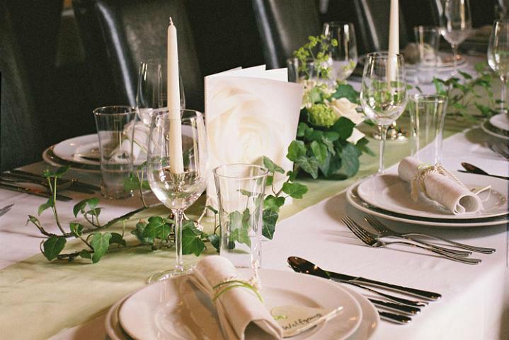 Beispiel: Tischdekoration, Foto: Schloss Ottersbach.