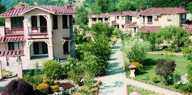 The Riverview Retreat, Corbett
