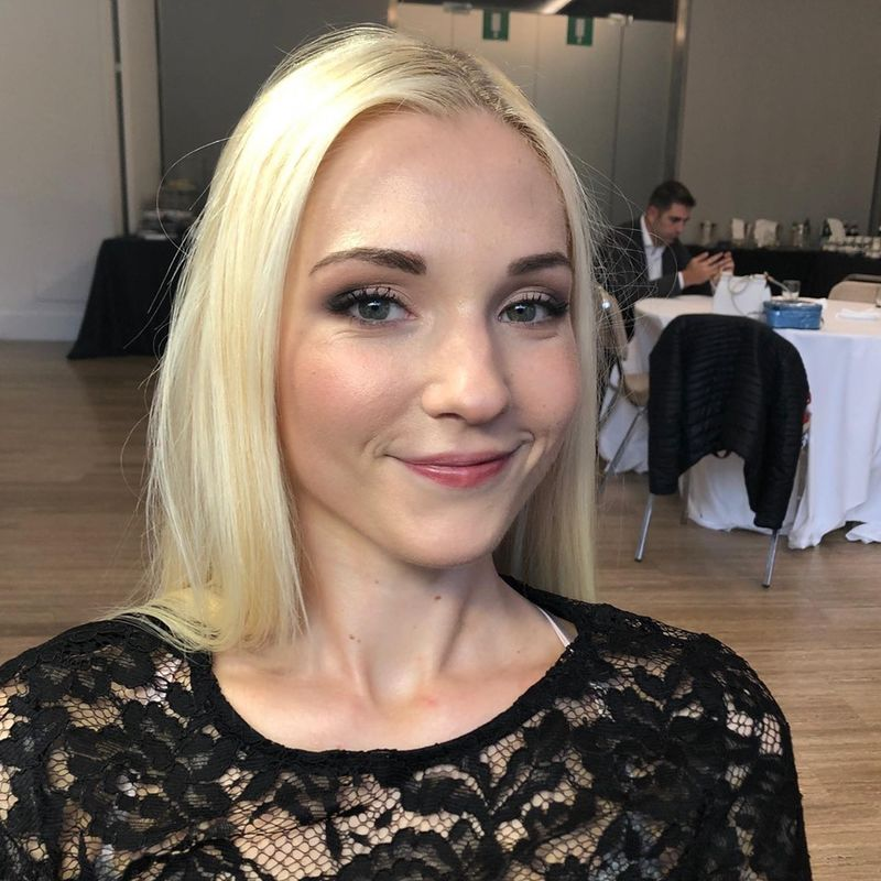 Anna Cavaliere Makeup Artist