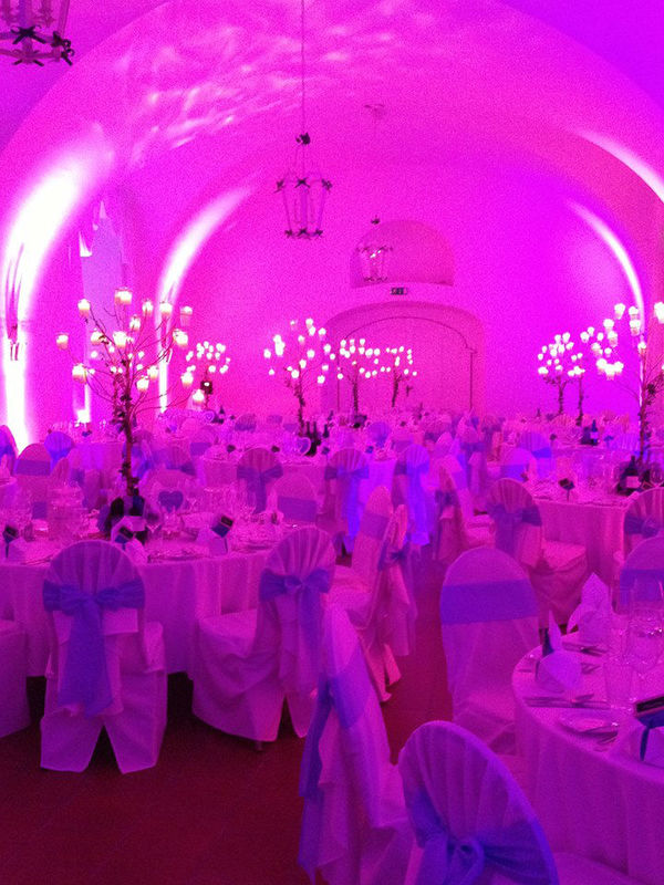 Beispiel: Festsaal, Foto: Hotel Restaurant Knappenstöckl.