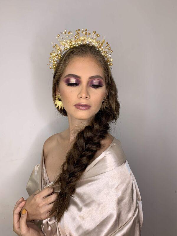 Derlyn Rada Beauty