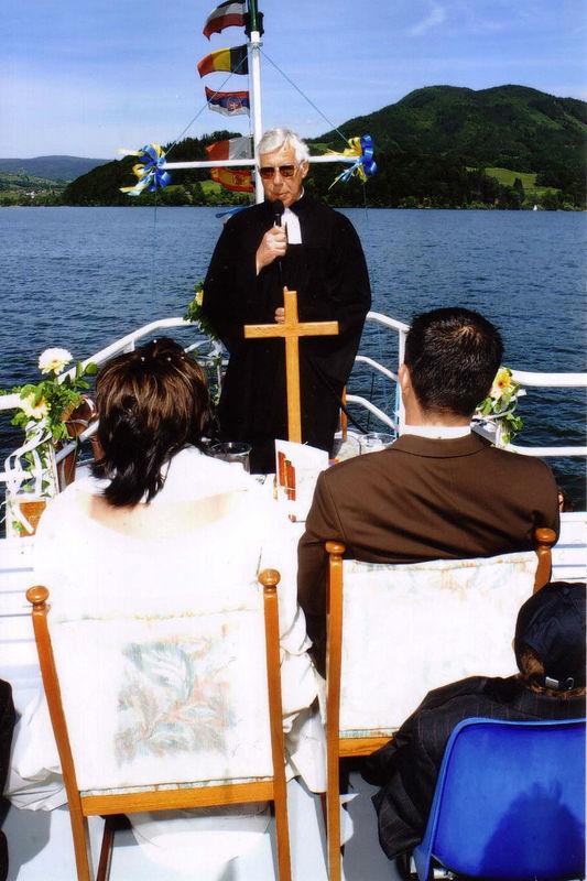 Beispiel: Trauungszeremonie, Foto: Mondsee Schifffahrt.