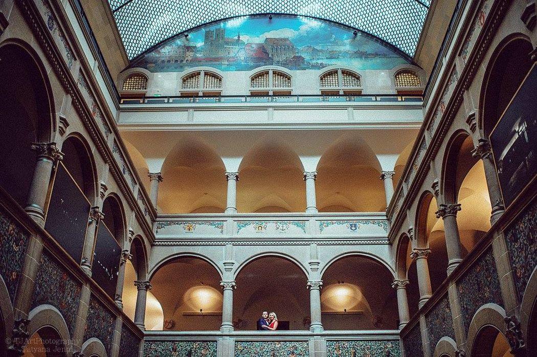 Civil Wedding in Stadhaus Zurich in January