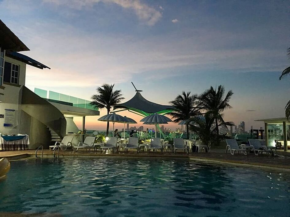 Hotel Tropical Inn