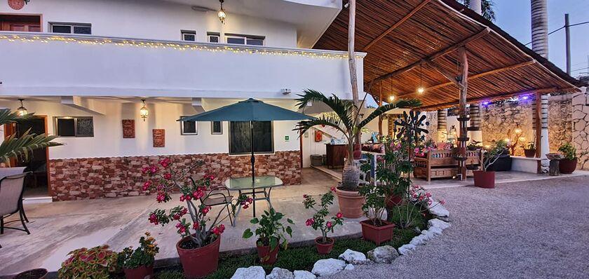 HOTEL CASA LIMA