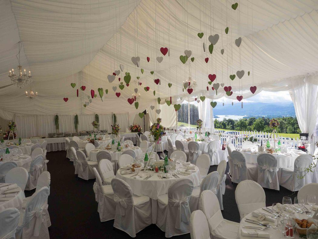 Darf es eine Hochzeit bei Ihnen zu Hause sein?