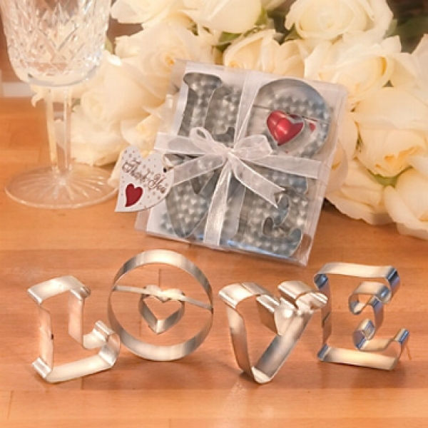 Beispiel: Ausstechformen Love, Foto: Hochzeitsgaudi.