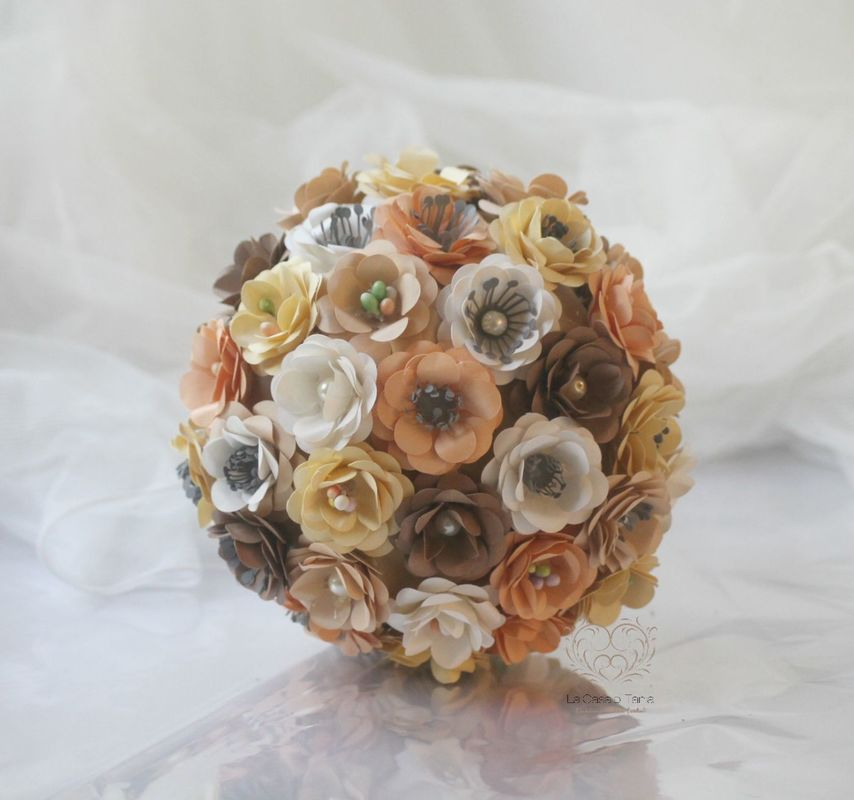 LaCasadiTania: Bouquet di rosselline  in carta