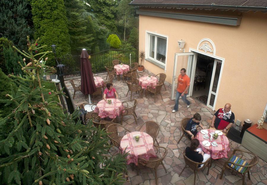 Beispiel: Terrasse, Foto: Hotel Kröllwitzer Hof.