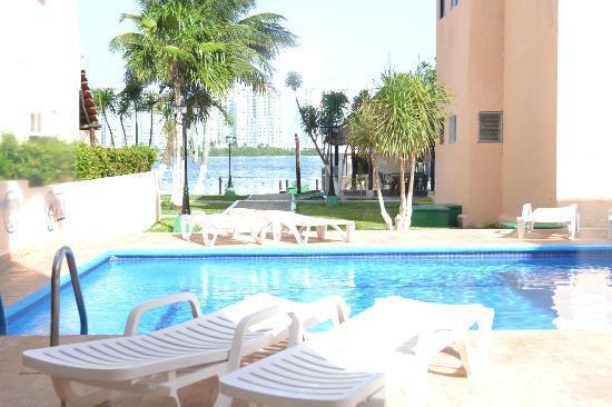 Grand Royal Lagoon Cancún para tu luna de miel