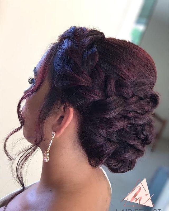 Mayara Teixeira Hair Stylist