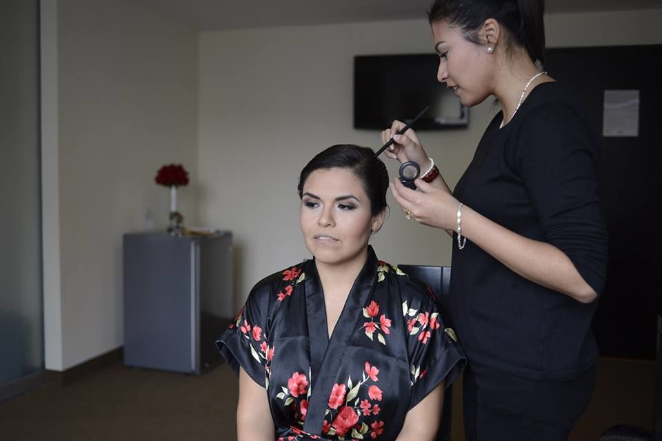 Kelly Flores Maquillaje Profesional