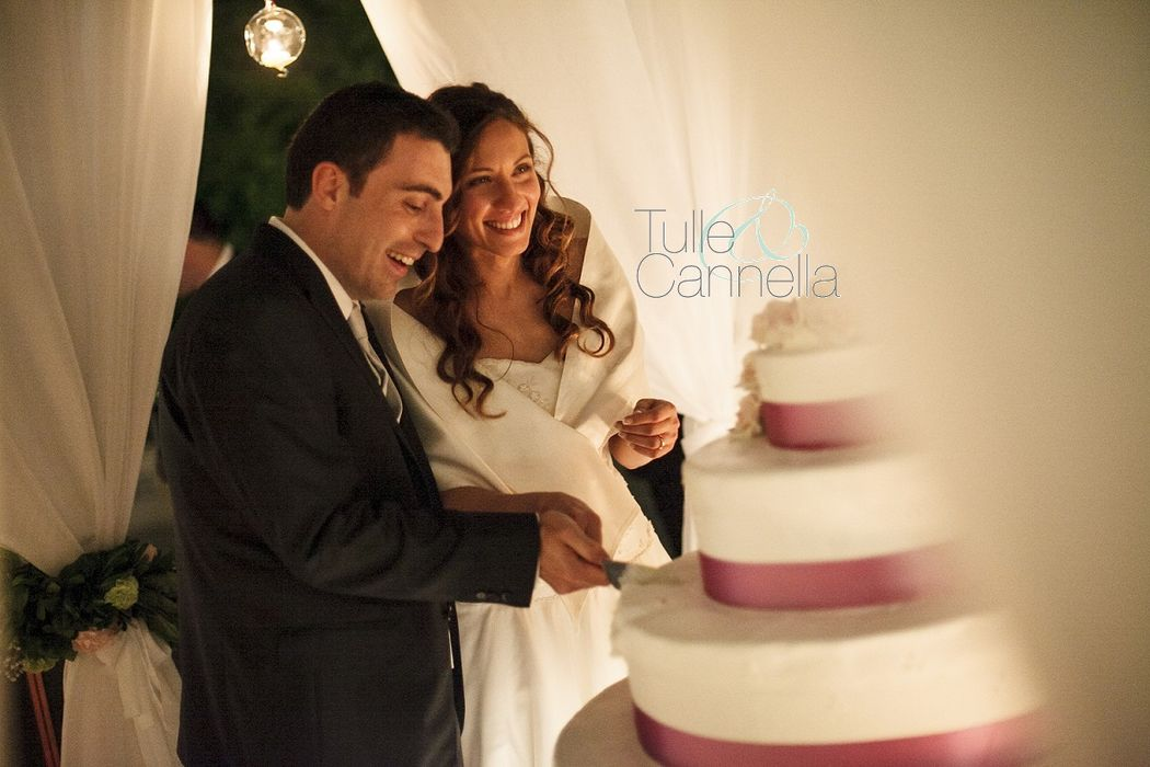 Matrimonio Napoli - Meravigliosa Wedding Cake - Taglio Torta Romantico