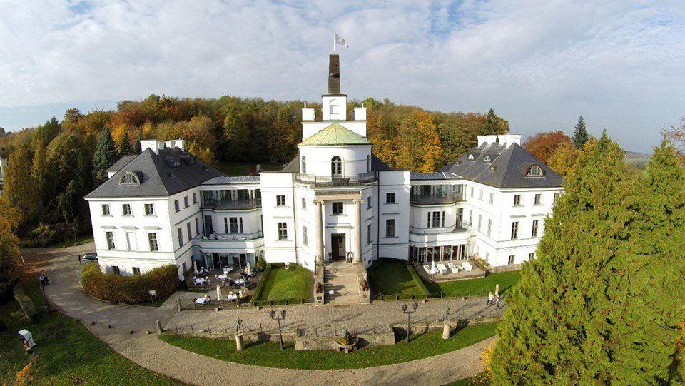 Beispiel: Aussenansicht, Foto: Schlosshotel Burg Schlitz.