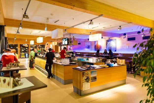 Beispiel: Innenbereich, Foto: Seerestaurant Katamaran.