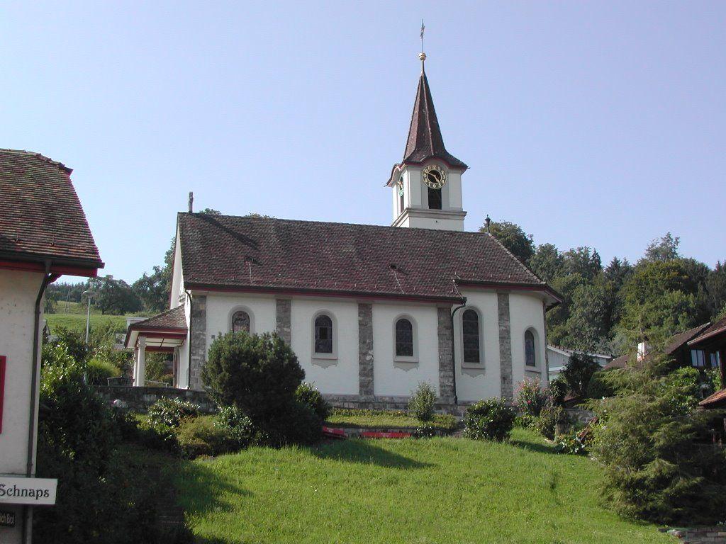 Kirche Merlischachen 2 Gehminuten von den Hotels entfernt