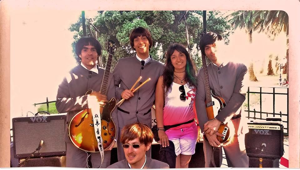 THE BEETOES (The Beatles Tribute)