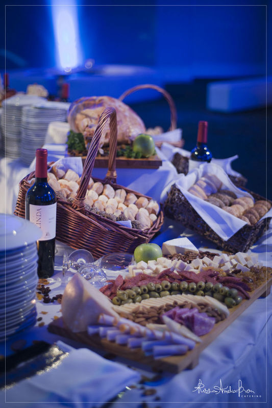 Rosa Amelia Brou Event Desing & Catering