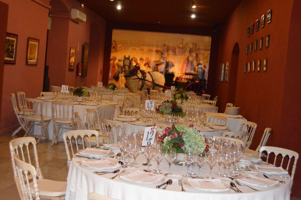Banquete Salón Rojo