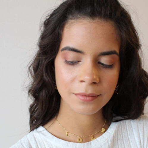 Scandal Makeup By Neibel Fernández
