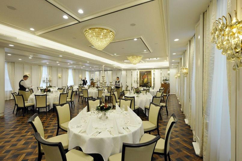 Beispiel: Georgsaal - Bankett, Foto: Kastens Hotel Luisenhof.