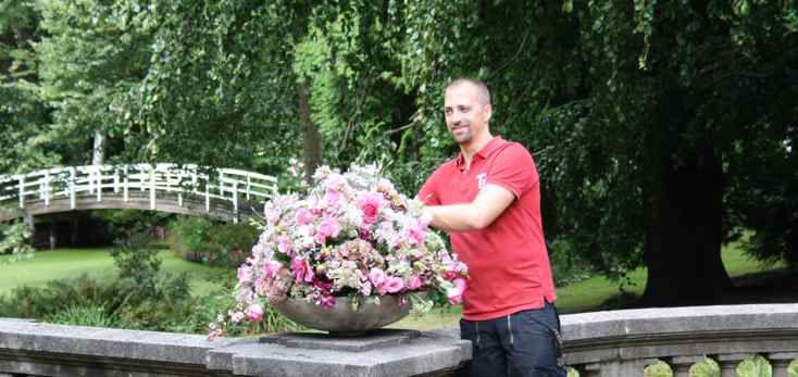 Beispiel: Ihr Floristik-Profi, Foto: Blumenbinder Trittmacher.