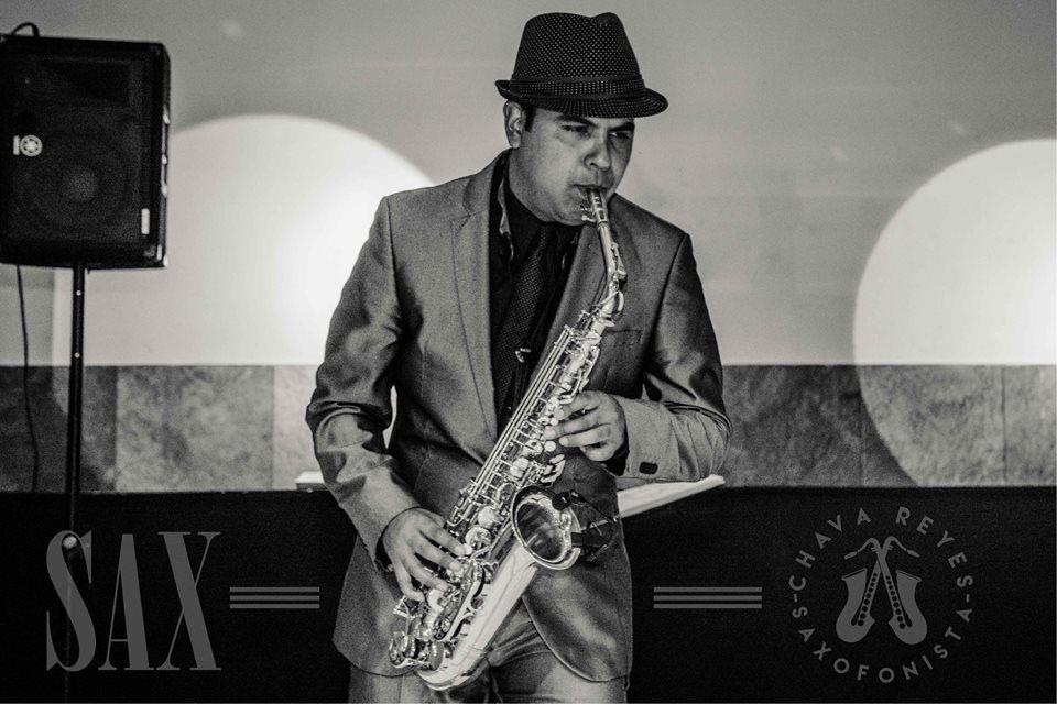 Chava Reyes Saxofonista