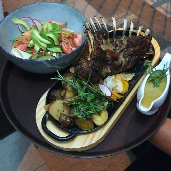 Akwa Restaurant