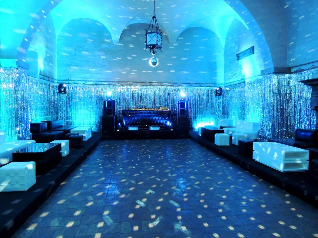 Castello Odescalchi di Bracciano Sala del Pozzo per il dopo cena Pozzo Hall for the after dinner