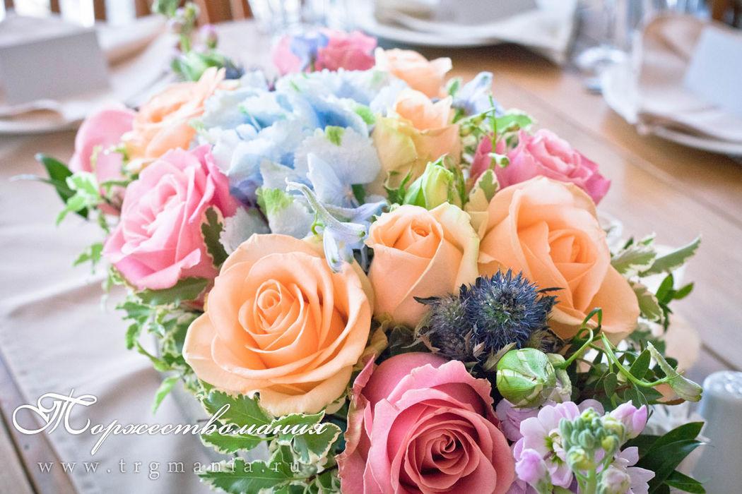цветочные композиции в ящиках от студии декора и флористики торжествомания