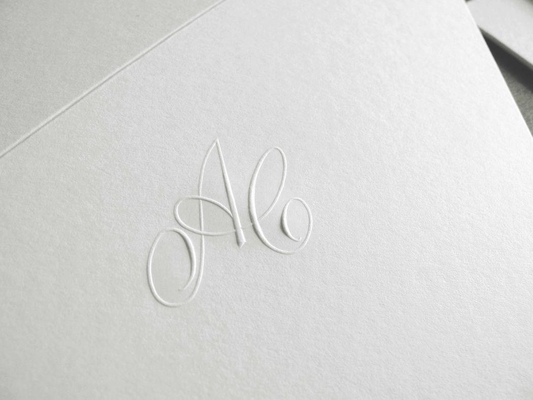 AC Monogramma a rilievo