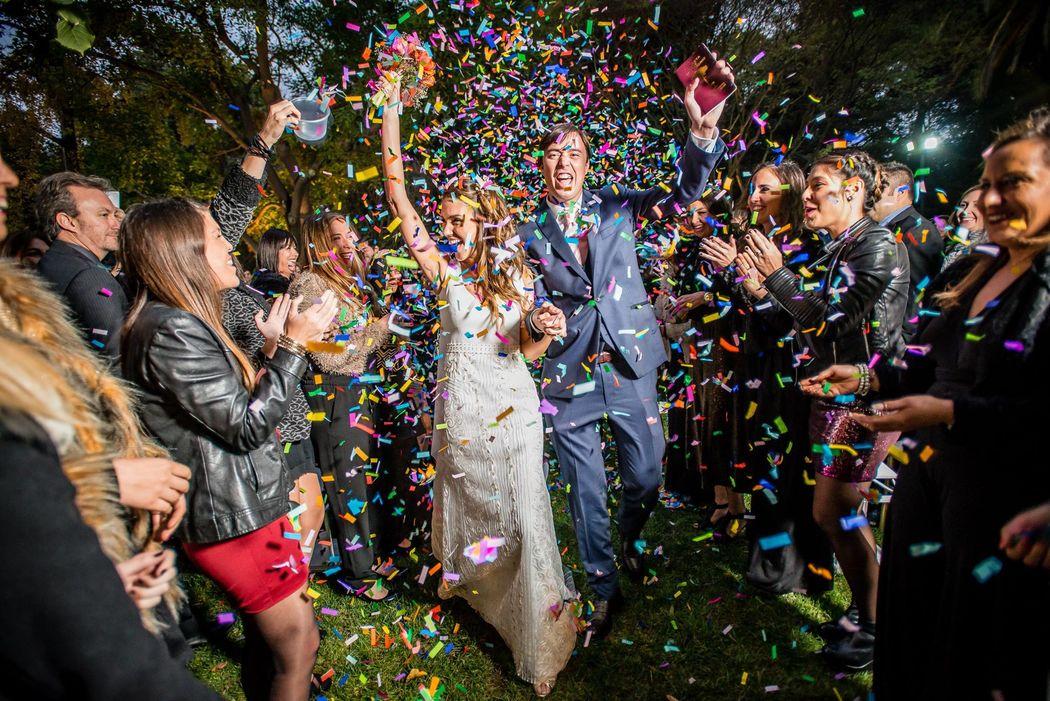 maquina lanza confeti para matrimonio