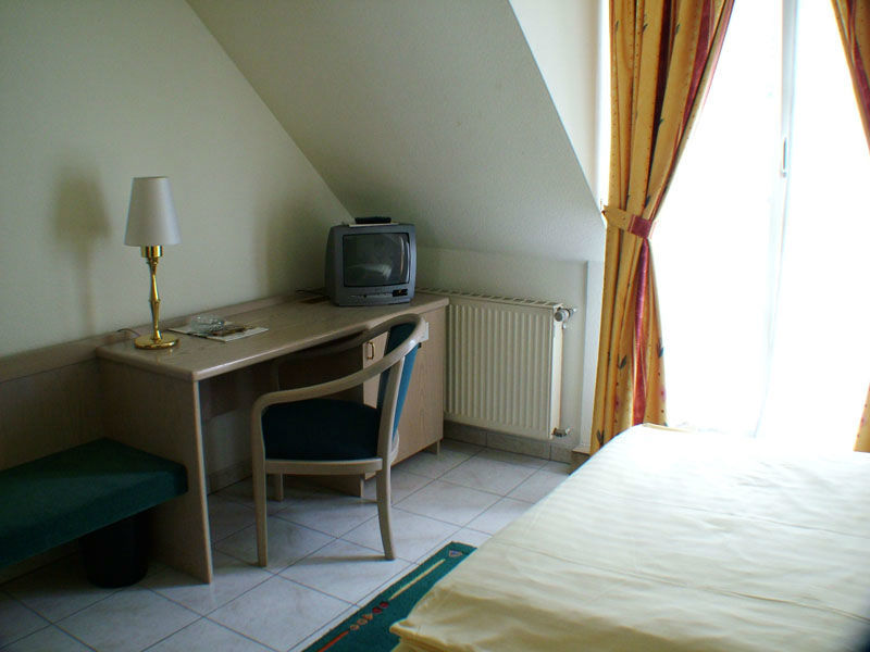 Beispiel: Zimmer, Foto: AKZENT Hotel Posthotel.