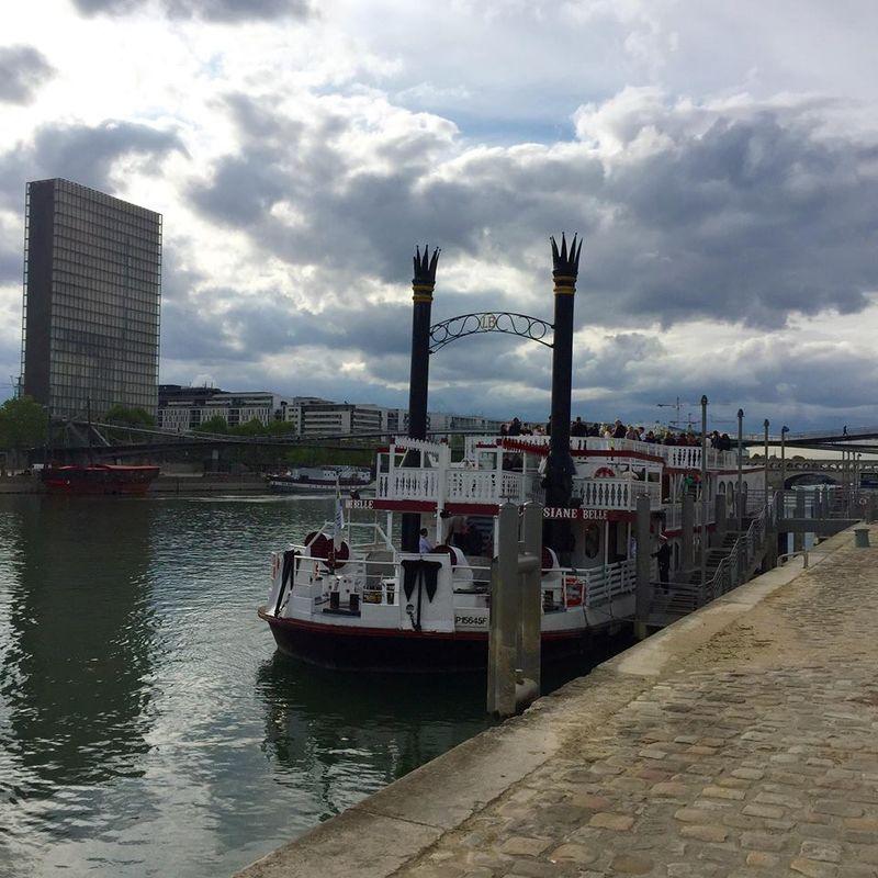 Bateaux De Paris