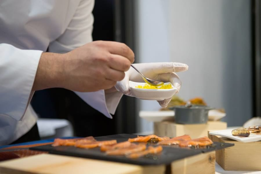 Show cooking cocktail-interior