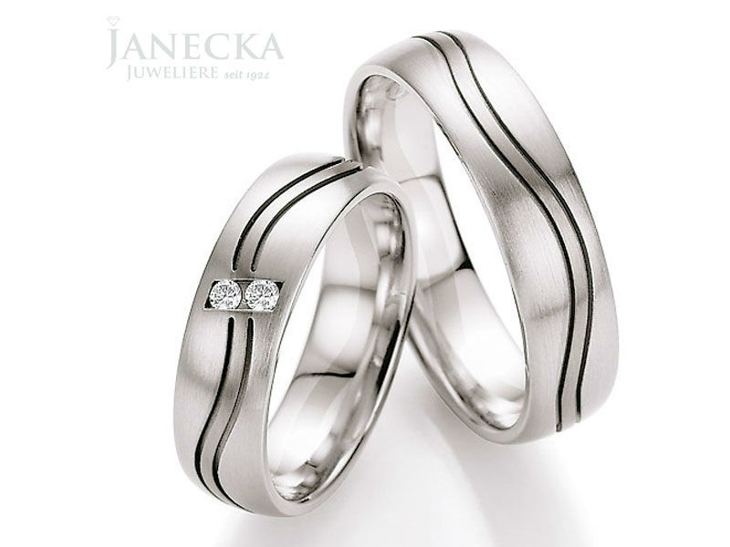 Beispiel: Wunderschöne Eheringe, Foto: Juweliere Janecka.