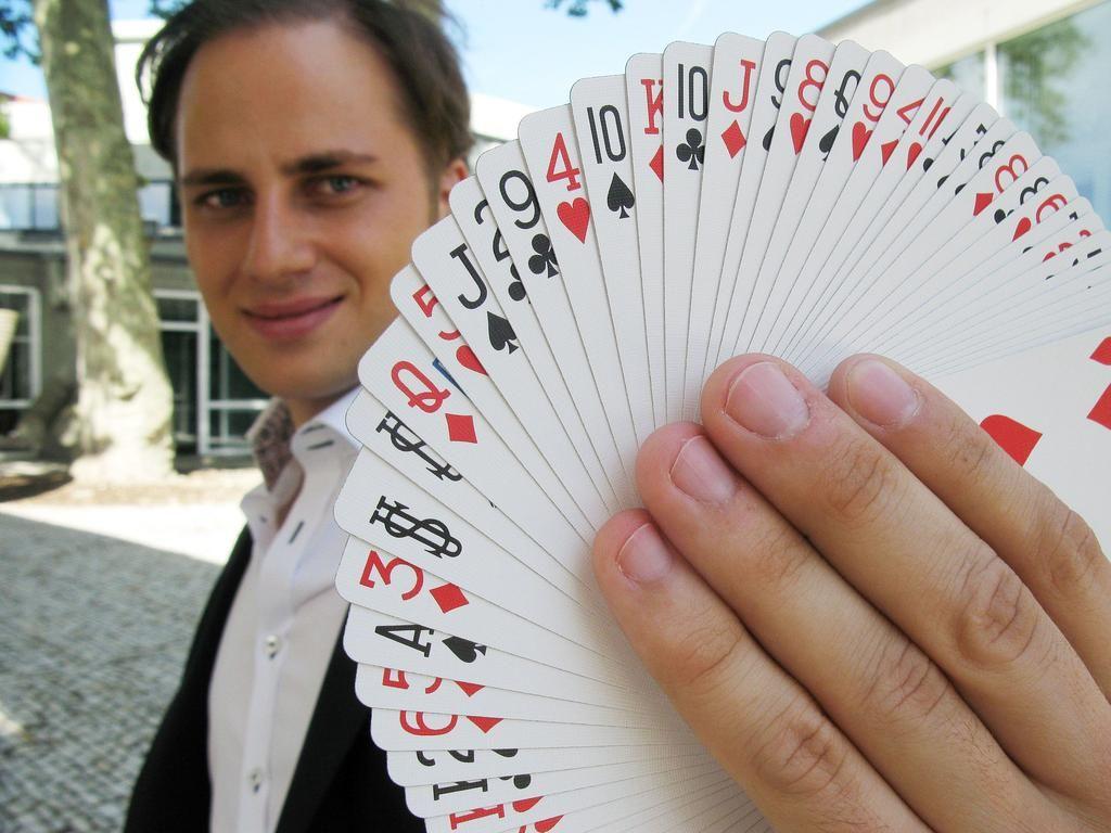 Christian Glade - Close Up Zauberer