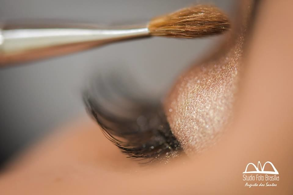 Carla Okamoto - Makeup Artist
