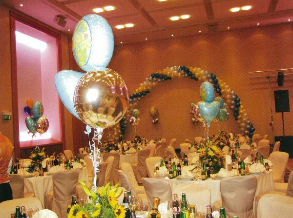 Beispiel: Für ein festliches Ambiente, Foto: Ballons & Ballons.