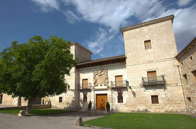 Palacio de los Fernández-Zorrilla, (Les Belles Maisons)