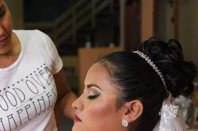 VP Make Up