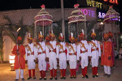 Asha Band
