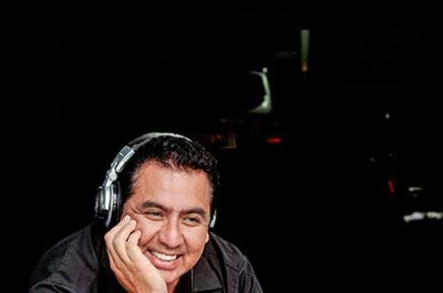 DJ Julio Vega
