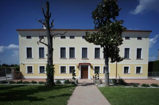 Villa La Lolliana