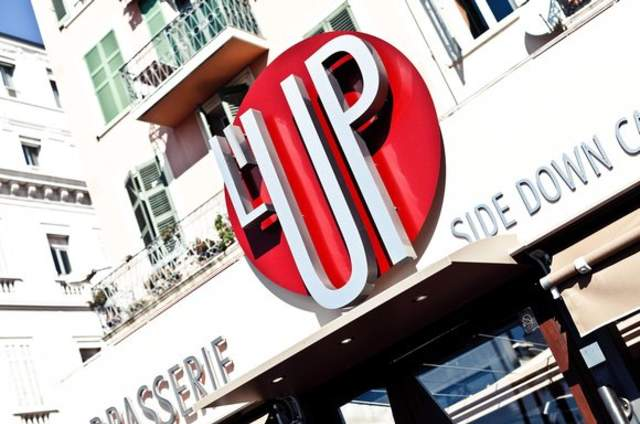 Up Side Down Café - Cannes