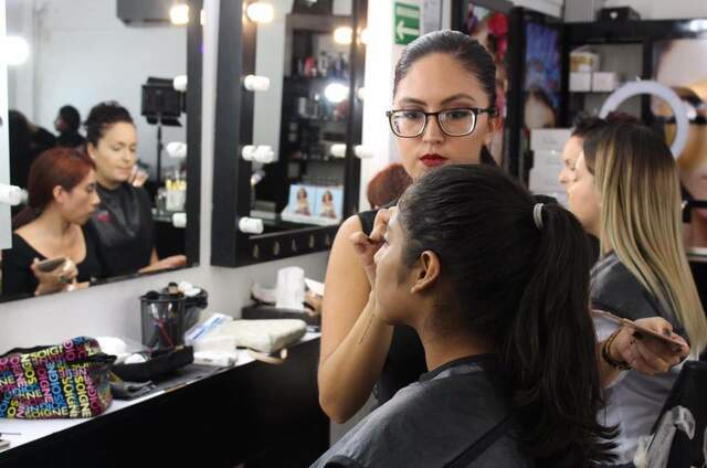 Cassandra Cassou Make up Studio