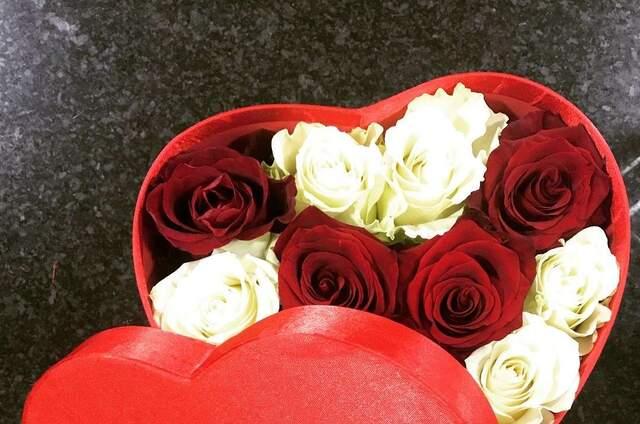 Flores Com Amor