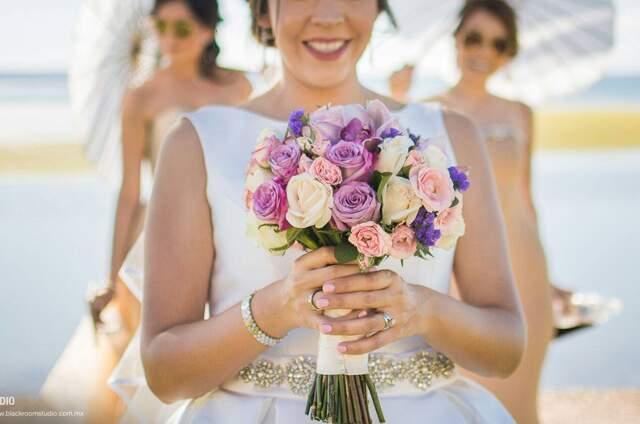 Entre Flores Boutique Floral & Eventos