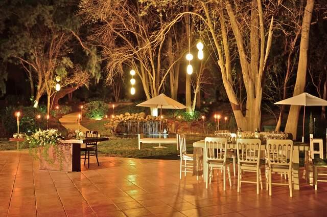 Hotel Real del Bosque - Jardín